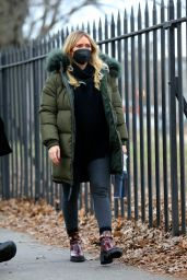 "Hilary Duff - ""Younger"" Set in Brooklyn 01/08/2021"
