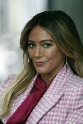 """Hilary Duff - """"Younger"""" Set in New York 01/22/2021"""