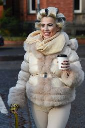 Isabelle Warburton - Out in Liverpool 12/31/2020