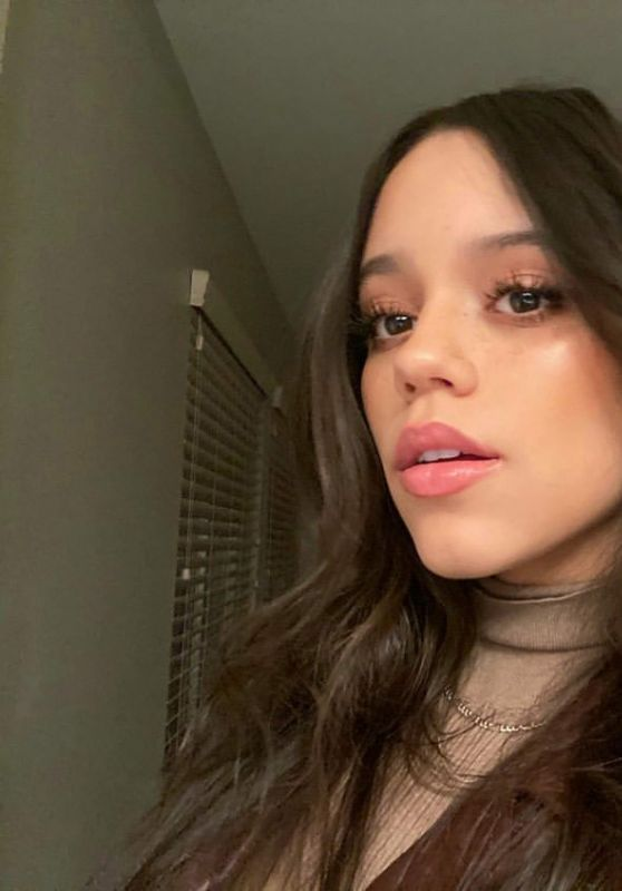 Jenna Ortega 01/06/2021