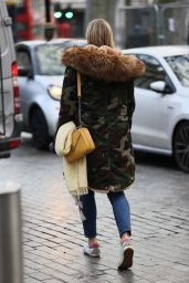 Jenni Falconer in Camouflage Coat 01/06/2021