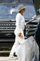 Jennifer Lopez - Arrives at a House in Miami 01/18/2021