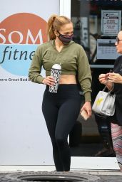 Jennifer Lopez at the Gym in Miami 01/13/2021