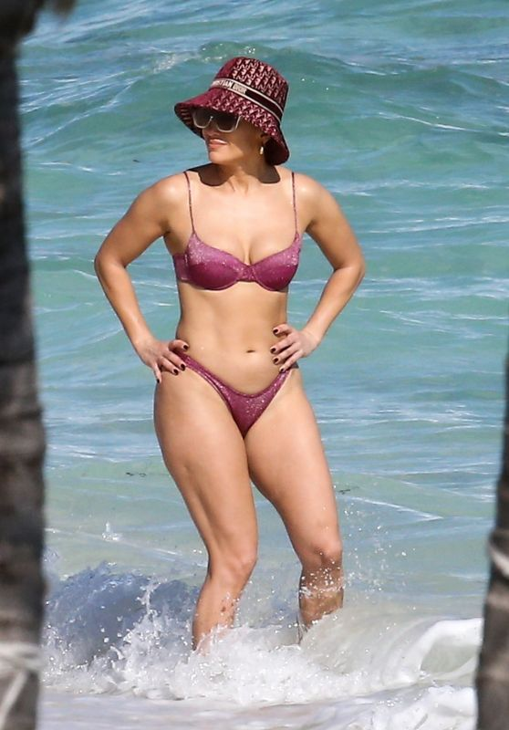 Jennifer Lopez in a Bikini in the Turks and Caicos Islands 01/06/2021