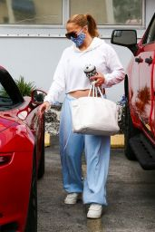 Jennifer Lopez in Casual Outfit - Miami 01/12/2021