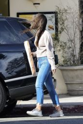 Jordana Brewster at Kreation Organic in Santa Monica 01/19/2021