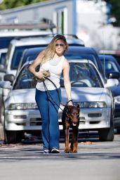 Kate Hudson - Walking Her Dog in Pacific Palisades 01/14/2021
