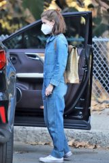 Kate Mara in Griffith Park in Los Feliz 01/20/2021