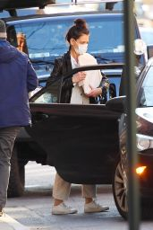 Katie Holmes - Out in New York 01/07/2021
