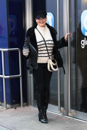 Kelly Brook - Arriving at Global Radio in London 01/08/2021