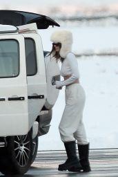 Kendall Jenner - Arrive in Aspen 12/29/2020