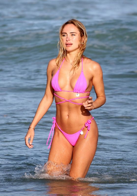 Kimberley Garner in a Bikini - Miami Beach 12/31/2020 (more photos)