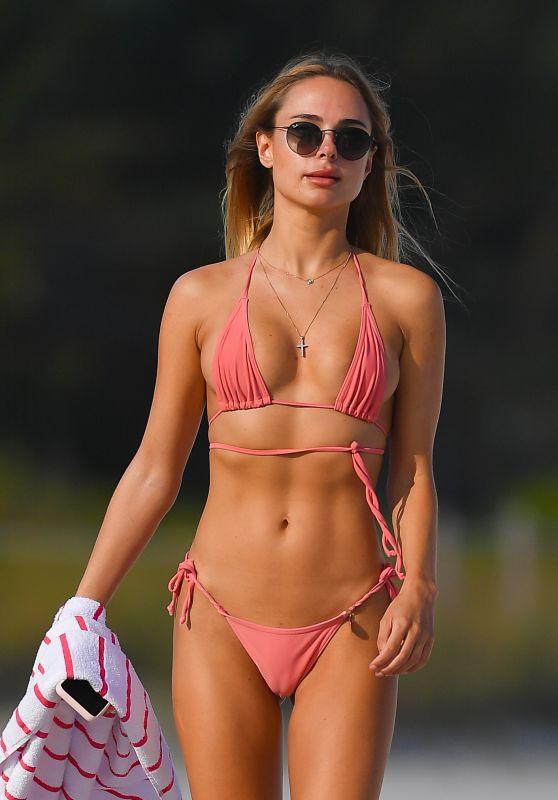 Kimberley Garner in Bikini at the Beach in Miami 01/27/2021