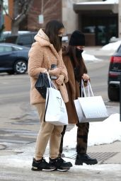 Kyle Richards With Her Daughter - Aspen 01/03/2021