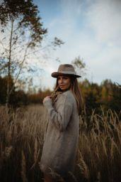 Laura Wontorra - Photoshoot 2020