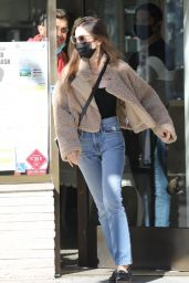 Lily Collins - Shops for Jewerly in Beverly Hills 01/11/2021