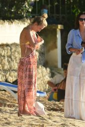 Lucy Watson and Tiffany Watson on the Beach in Barbados 12/29/2020