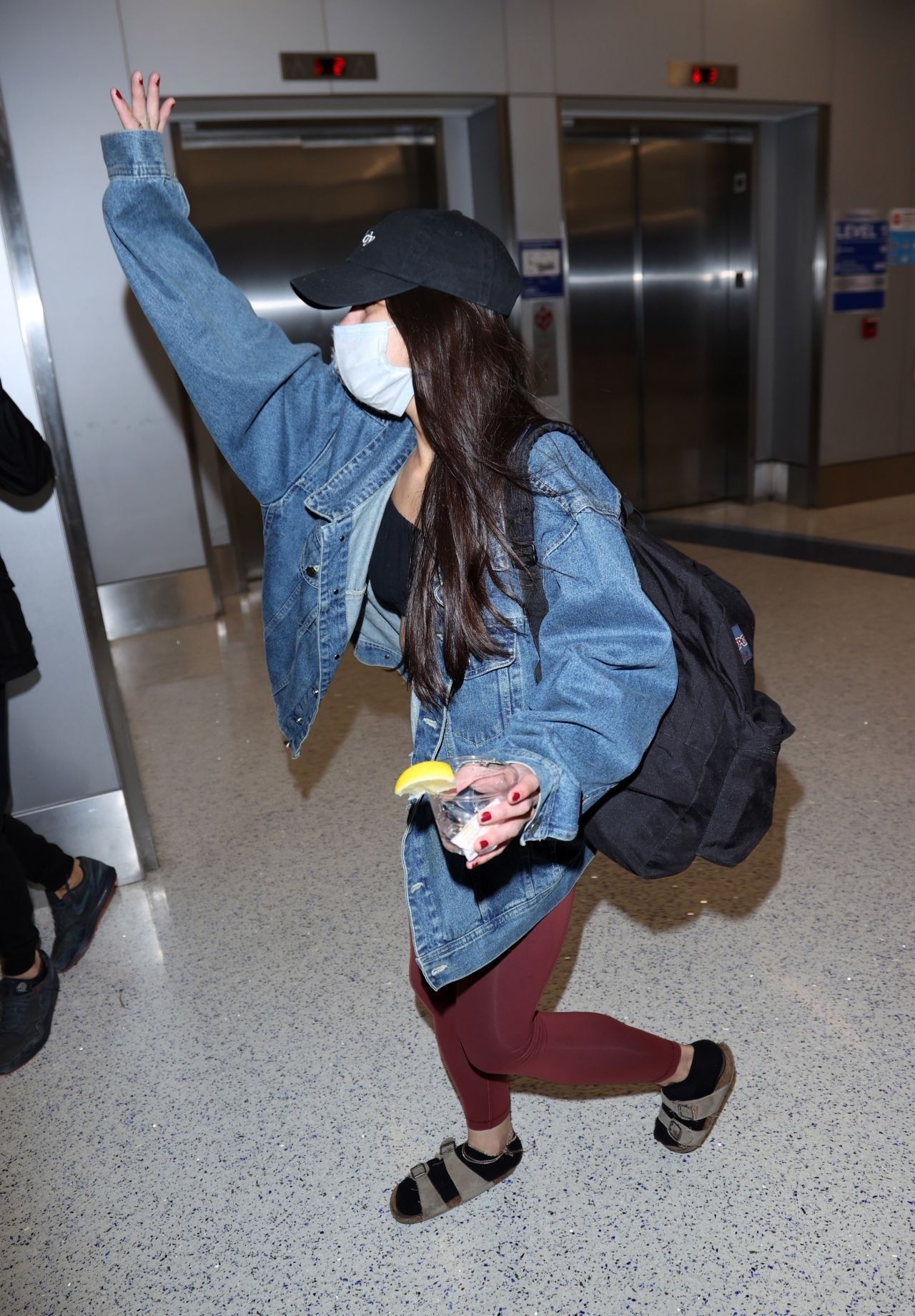 Miya Ponsetto - Arrives Back at LAX in LA 01/10/2021