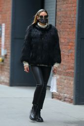 Olivia Palermo - Out in New York 01/11/2021