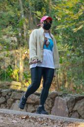 Rebel Wilson - Hiking in Los Feliz 01/08/2021