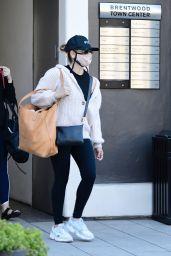 Sarah Michelle Gellar Casual Style - Brentwood 01/03/2021
