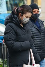 """Selena Gomez - """"Only Murders in the Building"""" Set in New York 01/20/2021"""