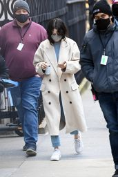 "Selena Gomez - ""Only Murders in The Building"" Set in NYC 01/17/2021"