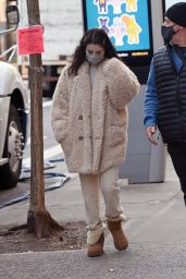 """Selena Gomez - """"Only Murders in The Building"""" Set in NYC 01/19/2021"""