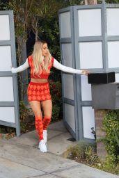 Tana Mongeau Cute Style - Los Angeles 01/14/2021