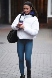 Vanessa Bauer - Arrives at Dancing On Ice Train in Blackpool 01/08/2021