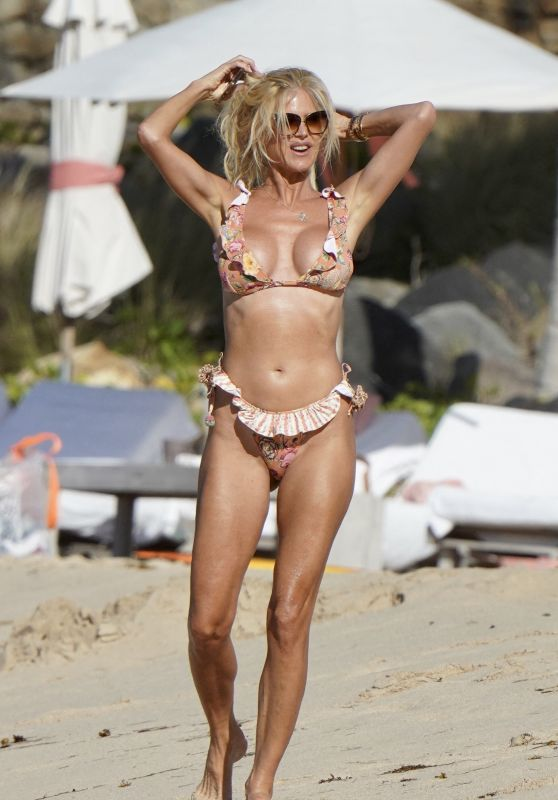 Victoria Silvstedt on the Beach in St.Barths 12/29/2020