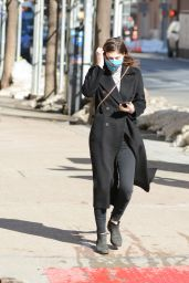 Alexandra Daddario - Out in New York 02/08/2021