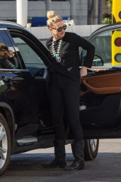 Amber Heard - Out in Los Angeles 02/14/2021