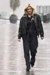 Ashley Roberts - Leaving the Global Radio Studios in London 02/07/2021