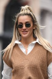 Ashley Roberts - Out in London 02/01/2021