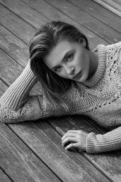 Chloe Moretz - Shape Magazine March 2021