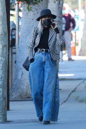 Diane Keaton Street Style - Brentwood 02/22/2021