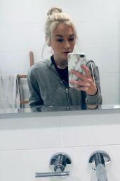 Emily Kinney 02/09/2021