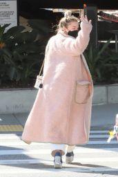 Florence Pugh - LAX in LA 02/18/2021