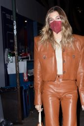 Hailey Rhode Bieber Night Out Style - Carbone Restaurant in NYC 02/22/2021