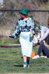 Halsey - Enjoys a Picnic in LA 01/31/2021