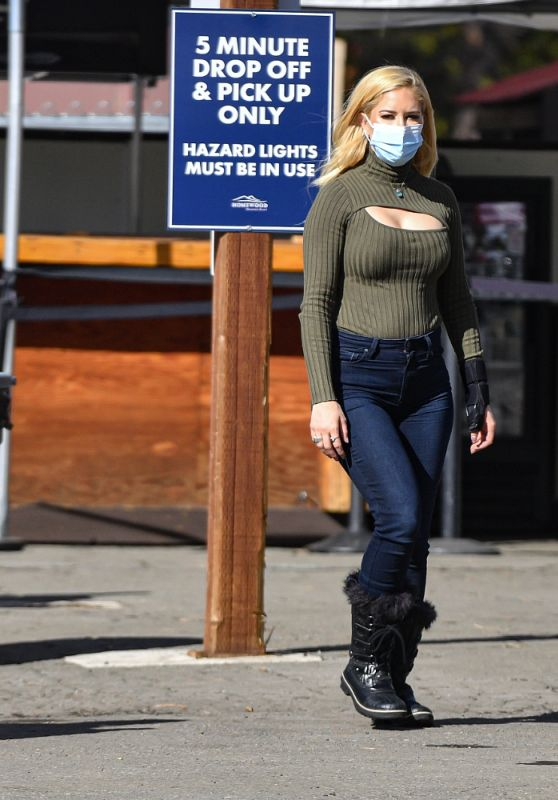 "Heidi Montag - Reality Show ""The Hills: New Beginnings"" Set in Lake Tahoe 02/11/2021"