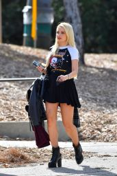 Holly Madison - Out in LA 02/18/2021