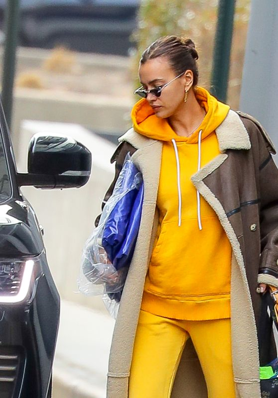 Irina Shayk in Comfy Outfit - New York 02/26/2021