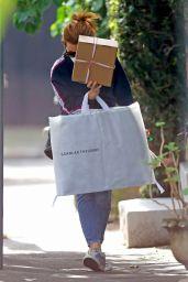 Isla Fisher - Shopping in Sydney 02/01/2021