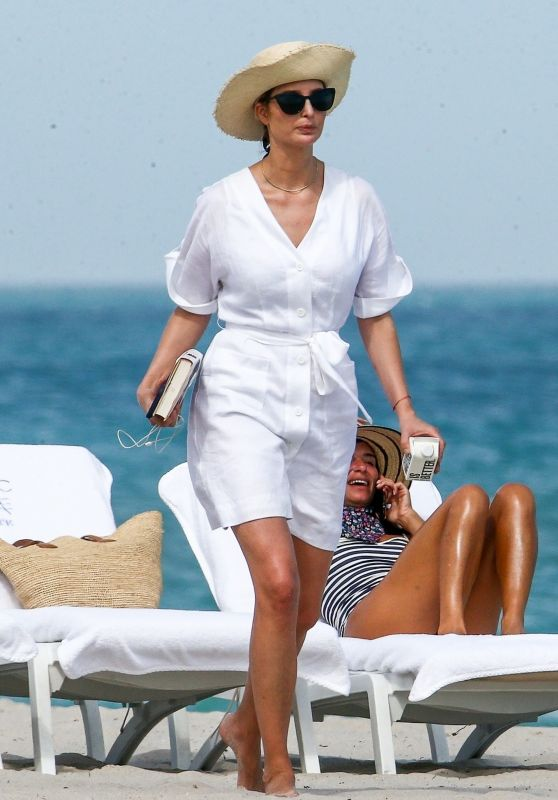 Ivanka Trump and Jared Kushner - Beach in Miami 02/20/2021