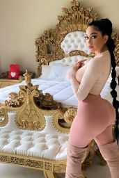 Jailyne Ojeda Ochoa Live Stream Video and Photos 02/19/2021
