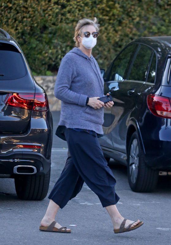 Jane Lynch - Running Errands in LA 02/24/2021