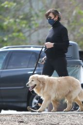 Jennifer Garner - Takes Her Puppies to the Dog Park in Pacific Palisades 01/31/2021