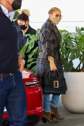 Jennifer Lopez in Casual Outfit - Coral Grables 02/03/2021
